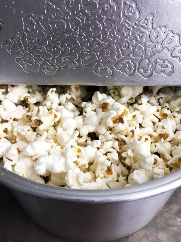 popcorn in whirly pop